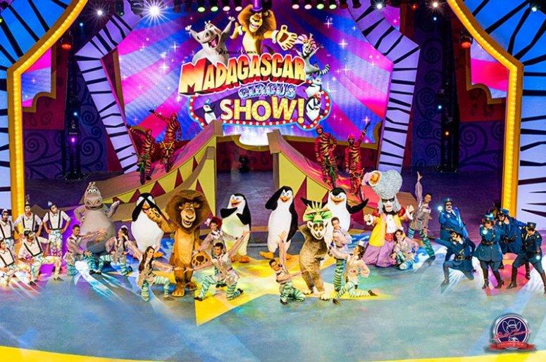 beto_carrero_world_madagascar-circus-show_1